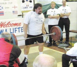 Past IAWA President Steve Gardner hoisting up a big Middle Finger Deadlift at the 2000 IAWA Gold Cup!