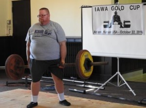 Lance Foster lifting in the 2016 IAWA Gold Cup.
